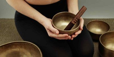 singing-bowls-4758398_1280 (1)